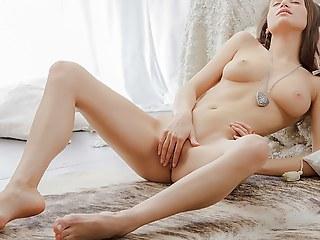 Erotic beautiful vid in a chick masturbating