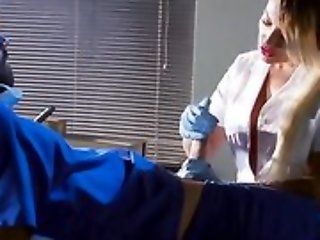 Whorish blonde nurse sucking coupled with going to bed doctor's hard cock