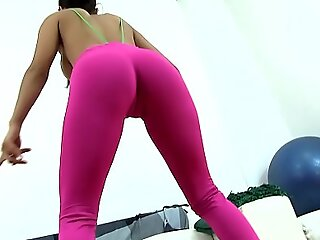 Extremely Hot Teen Brunette Exposing Cameltoe Ass together with Tits in Tight-fisted Spandex