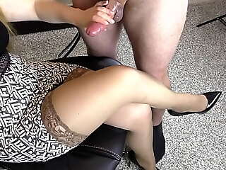 Clumsy Teen Act Sis Hadnjob increased by Cumshot mainly her Stockings