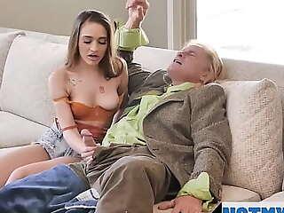 Grandpa's Huge Problem Alona Bloom, Sera Ryder, Evan Stone